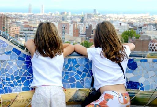 http://gacetajoven.com/escapadas/barcelona-una-ciudad-con-muchas-ciudades/