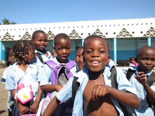 Alunos de uma escola pública de Maputo, Moçambique