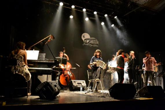 Orquestra de tango sub 25